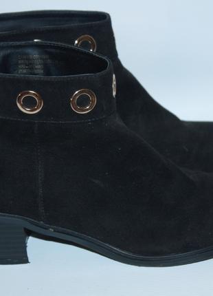 Ботинки ботильоны черные новые замшевые candy couture с люверсами (к031)