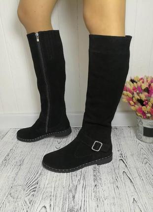 Новые зимние чёрные замшевые сапоги размер 39,40