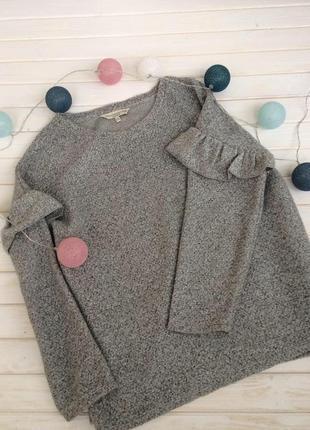 Мягкий приятный свитер с рюшами f&f