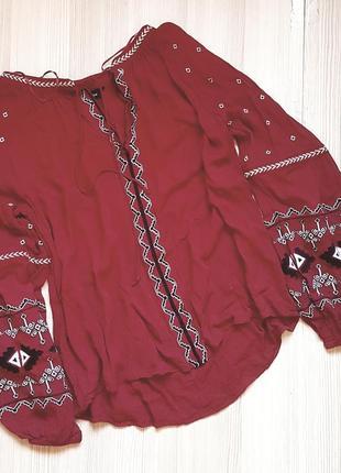 Вышиванка фирменная красная бордо