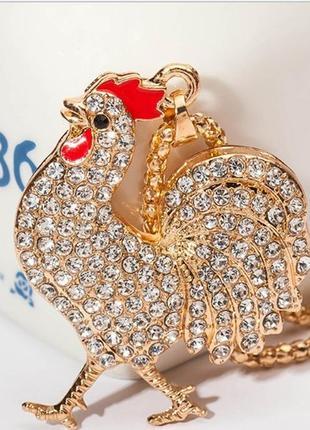 Ожерелье колье подвеска цепочка с кулоном петушок полностью в камнях круто блестит