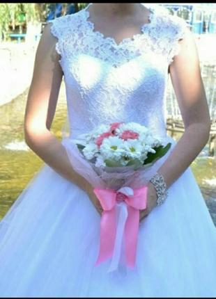 Свадебное красивое платье идеальное 44-48р. не дорого!!!