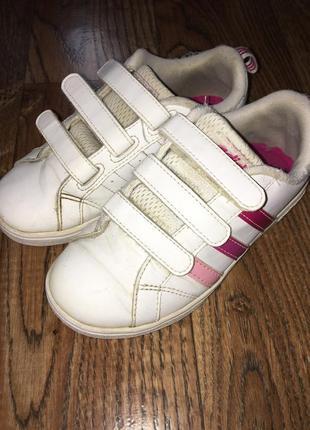 Кроссовки adidas на девочку