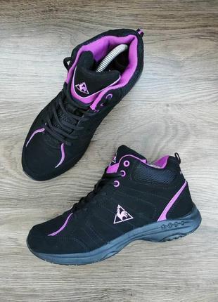 10a7af4d2a38 Кожаные женские кроссовки 2019 - купить недорого вещи в интернет ...