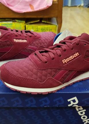 Reebok новые кожаные оригинал кроссовки