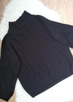 Стильный объемный свитерок monki
