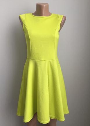 Платье салатовое