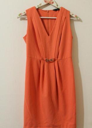 Красивое платье miss selfridge