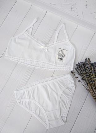 Комплект нижнего белья (топ и трусики) на девочку1