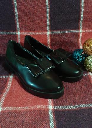 Лаковые туфли-лоферы с бантиками, 39 маломерки (24,5 см)