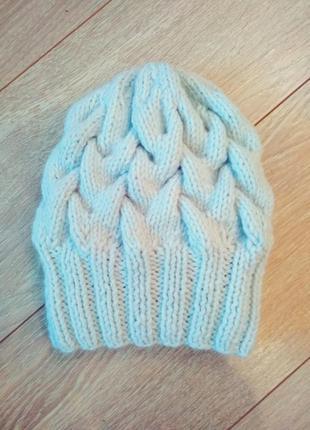 Новая небесно-голубая вязаная шапка с объемными косами!!!