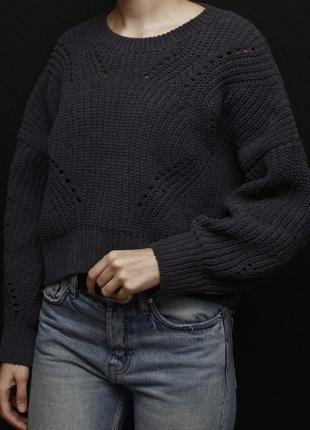 Укороченный свитер плюшевый new look с объёмными рукавами
