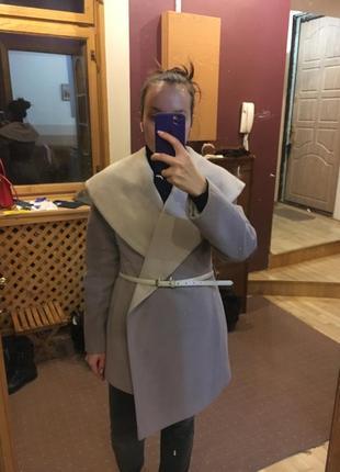 Пальто шерстяное nui very бежевое шерсть на запах
