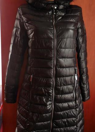 Стильное пальто amisu