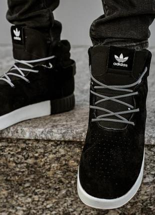 Мужские зимние кроссовки ботинки с мехом adidas tubular invander black  white теплые 1eb01dcece5