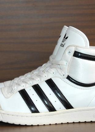 Кроссовки adidas р.41 original indonesia