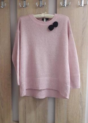 Красивый женский свитер. светр жіночий