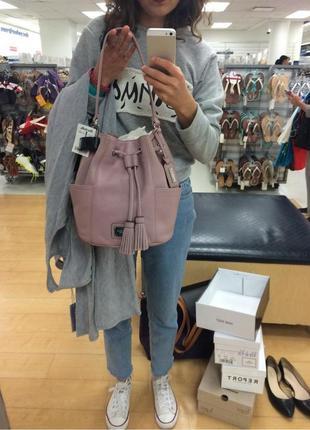 Фирменная кожанная сумка  tignanello ( italy) в оттенке розовый кварц