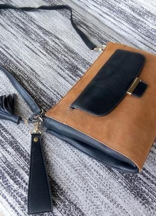 Новая сумка из 100 % натуральной кожи среднего размера
