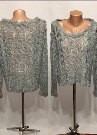 Стильный свитер вязанный оверсайз