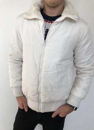 Мужская демисизонная белая куртка (осеняя, зимняя)