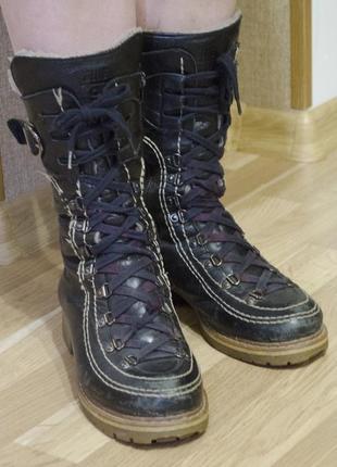 Кожаные зимнее ботинки на шнурках и замке
