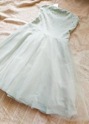 Платье с фатином.