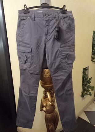 Супер джинсы 44-48,в наличииии 25,29.30.31 саййз2
