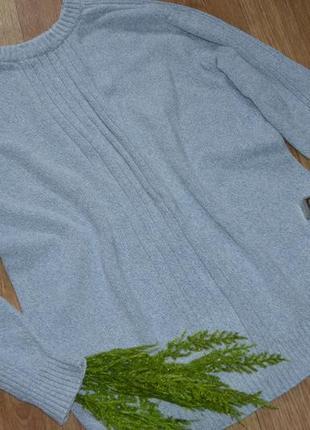 Стильный, cветлый,теплый свитер от basic line