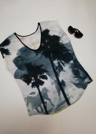 Красивая летняя футболка express , размер l