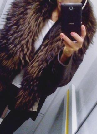 Куртка кожаная с мехом енота  dior & moda