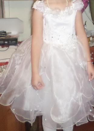 Платье бальное для девочки 4-6 лет