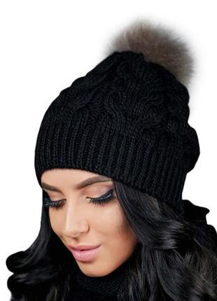 Зимняя демисезонная вязаная женская шапка с помпоном из натурального меха