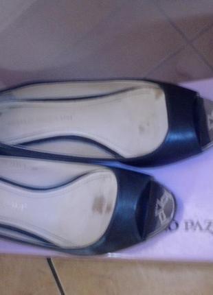 Туфельки с открытым носком carlo pazolini