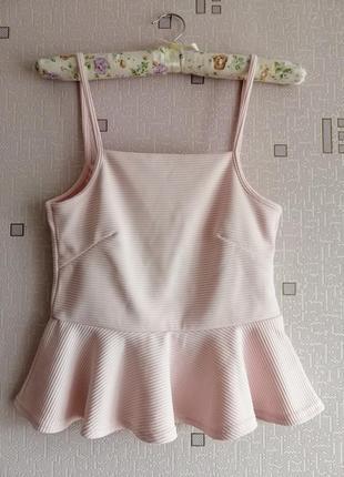 Нежно розовая пудровая блуза с баской