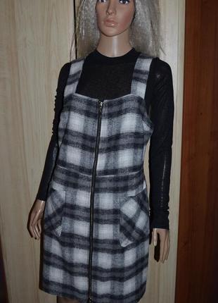 Теплый трендовый сарафан с карманами therapy london 12 размер