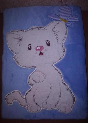Плед флисовый детский с апликацией голубой котенок с бабочкой1