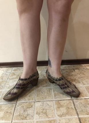Сандали rieker в винтажное стиле