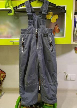 Продам зимний полукомбинезон  , штаны р 98