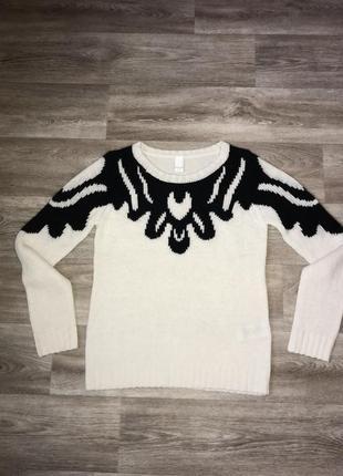 Красивый и тёплый удлинённый свитер vila