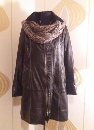 Натуральное кожаное пальто на овчине р48-50.много вещей больших размеров
