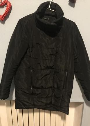 Теплая куртка stradivarius