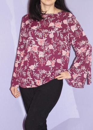 Блузочка с рукавами клеш, 16 размера