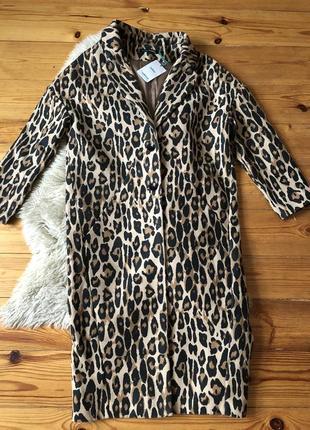 Шикарне пальто в леопардовий принт