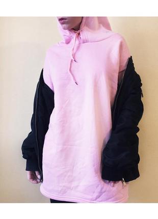 Розовое удлигенное худи. размер м