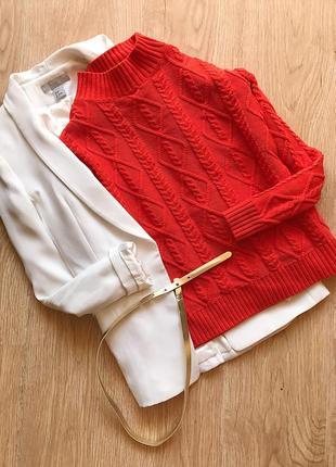 Стильний оранжевий светер