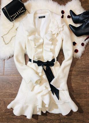 Шикарное итальянское шерстяное пальто