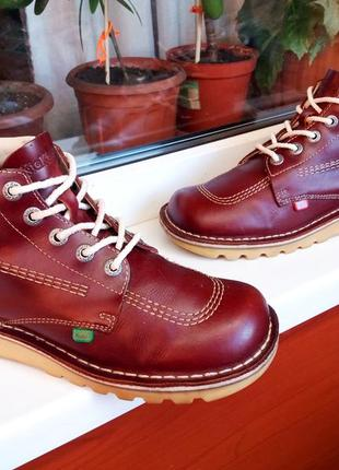 """Очень прочные стильные кожаные ботинки """"kickers"""", португалия! 42 р."""