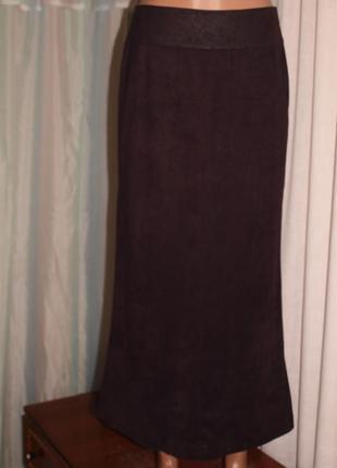 Красивая юбка (м замеры) мягкая, материал по типу замша, замечательно смотрится.