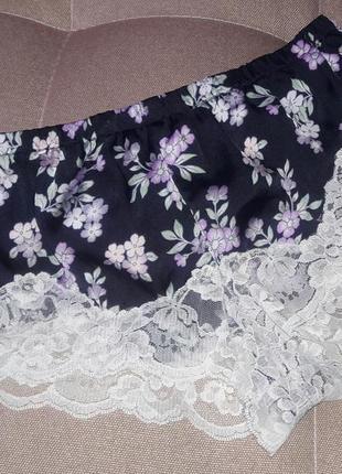Комплект лля дома и сна трусики шорты майка цветочный принт кружево
